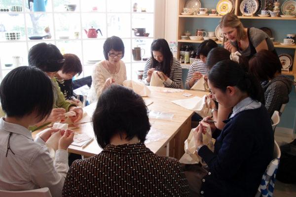 フィンランド、カレワラ地方刺繍教室開催しました