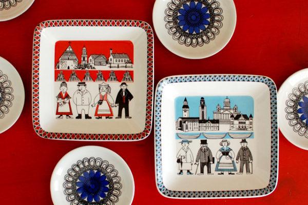 フィンランド各地をテーマにした愛らしい60年代の飾り皿