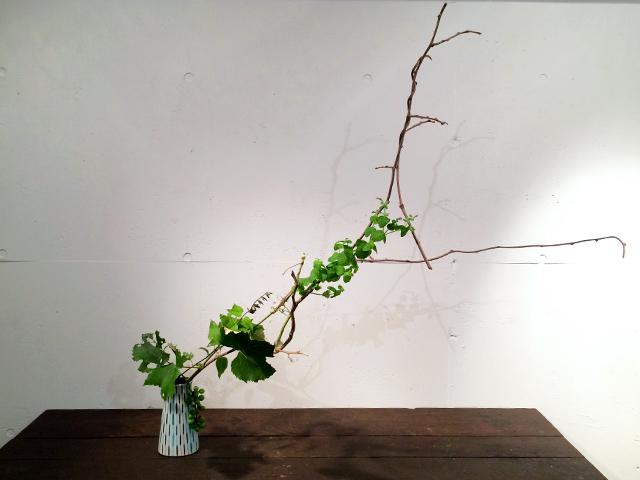 お客さまのお写真:フィンランドの花瓶に花いけ