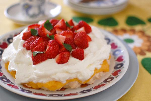 レシピ:ブリット・マリーのメレンゲケーキ