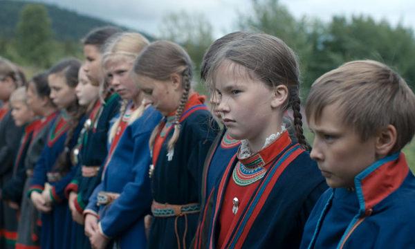 スウェーデン映画『サーミの血』自分らしく生きるために逃げる